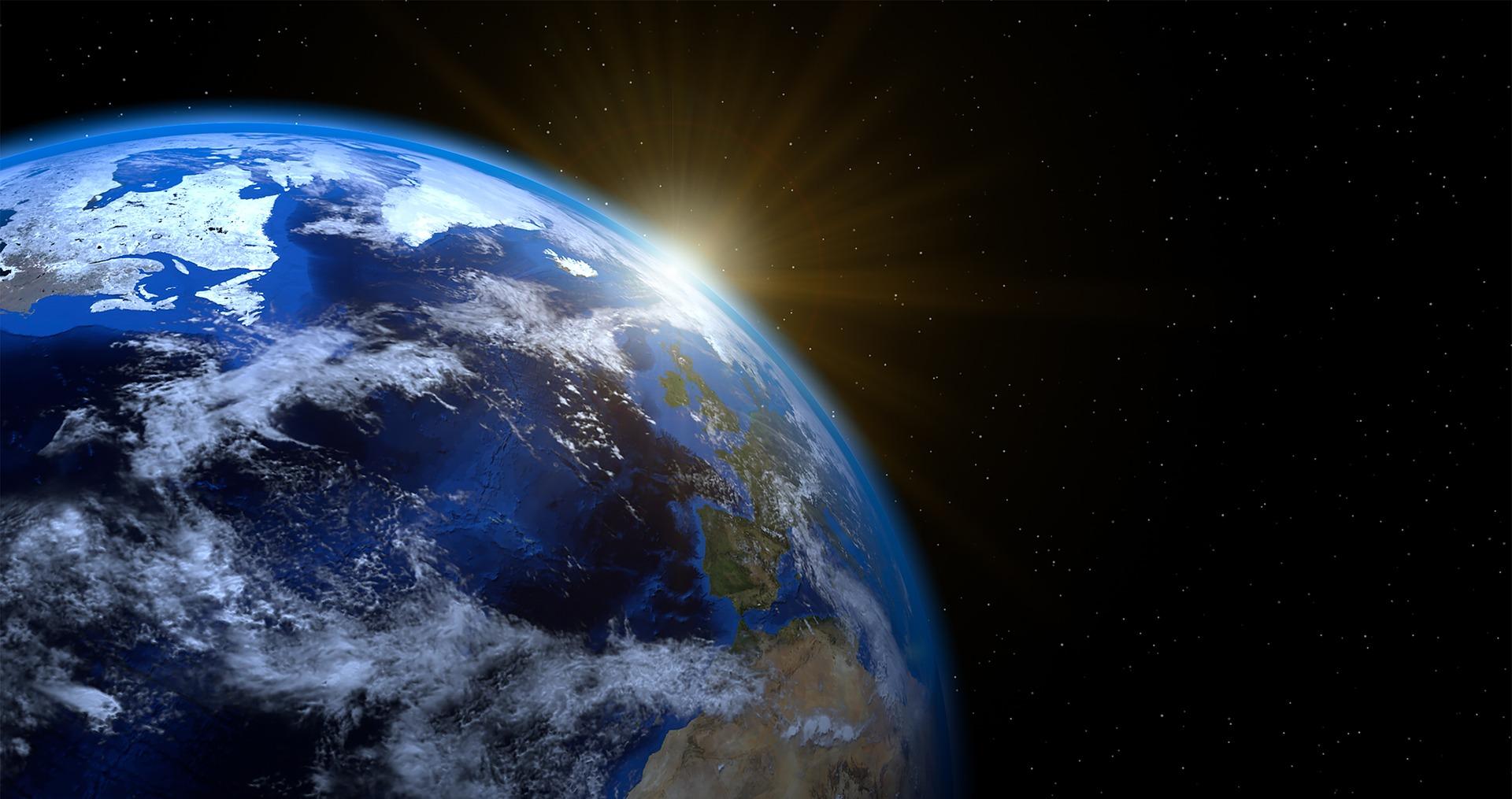 earth-1990298_1920